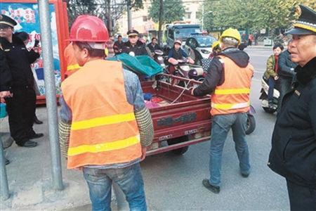 389辆违规五车被柳北区城管、交警暂扣